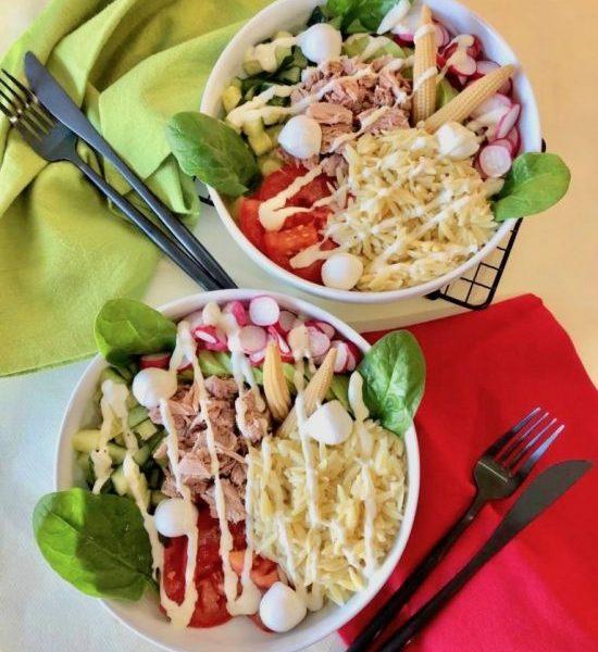 Bowl au thon, petits légumes  et sauce froide à la moutarde de Dijon
