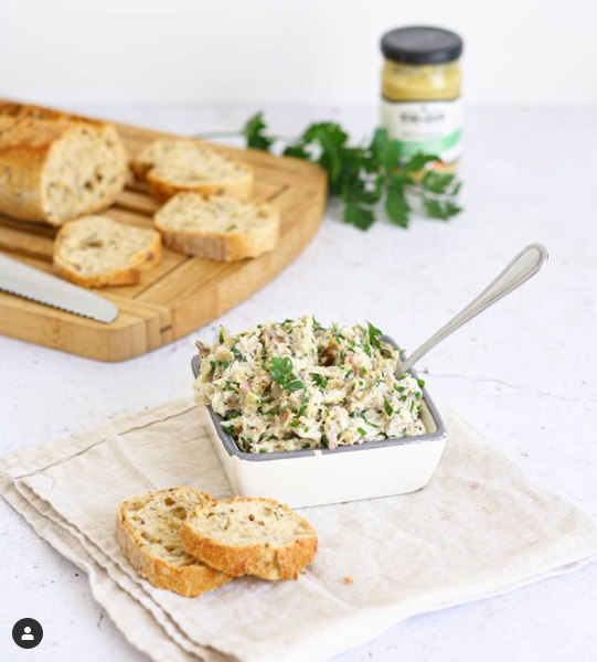 Mackerel dip and mustard with Provence herbs
